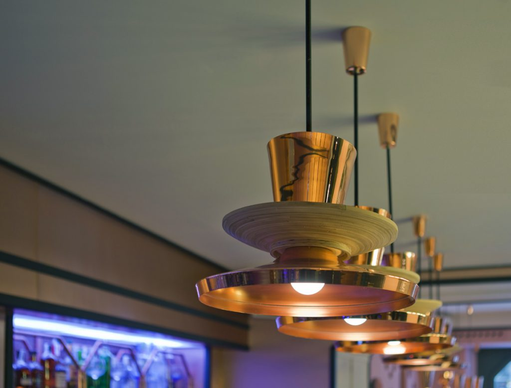 Solid Bar Lamps